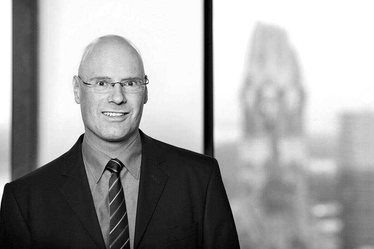 Dr. Ralf Meinert | Manager Corporate Finance
